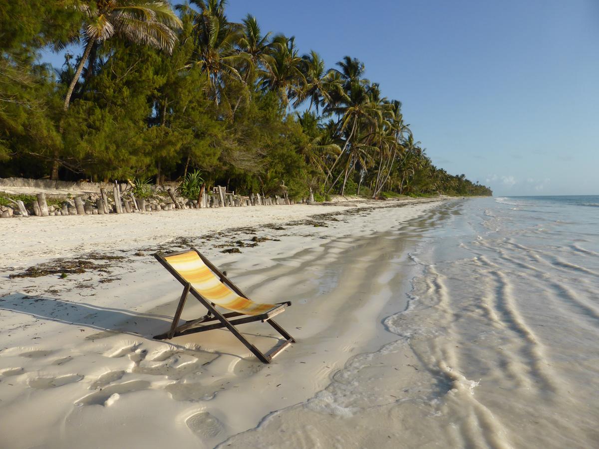 Erholung am Strand - Tansania